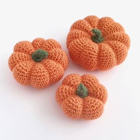 Download Three Pumpkin Crochet Pattern immediately at Makerist