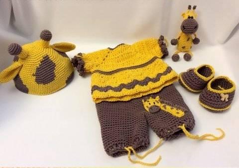 Giraffen Outfit für Amigurumi Puppe Mia & Mini Giraffe bei Makerist sofort runterladen