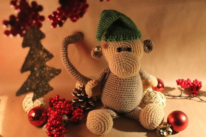 """Häkelanleitung """"Willi Weihnachtsaffe"""" - Häkelanleitungen bei Makerist sofort runterladen"""