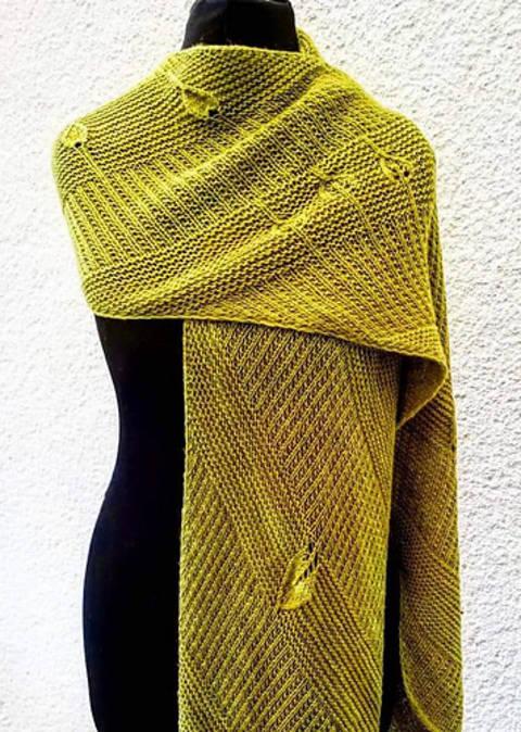 Just A Scarf, einteilig, Schal, Strickanleitung bei Makerist sofort runterladen