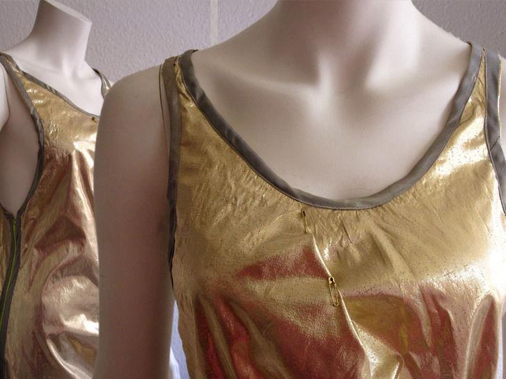 Kleid mit sportlichem Rücken und seitlichem Reißverschluss, Gr.38-46 - Nähanleitungen bei Makerist sofort runterladen