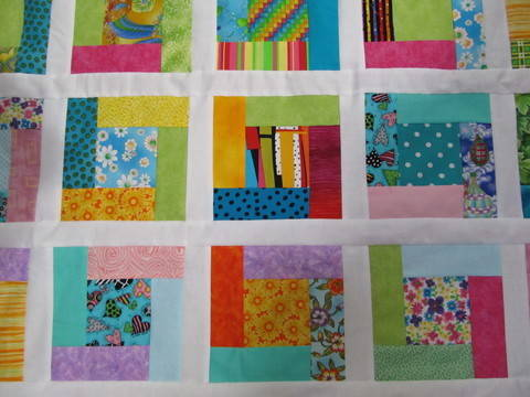 Download Bright Hopes Quilt immediately at Makerist