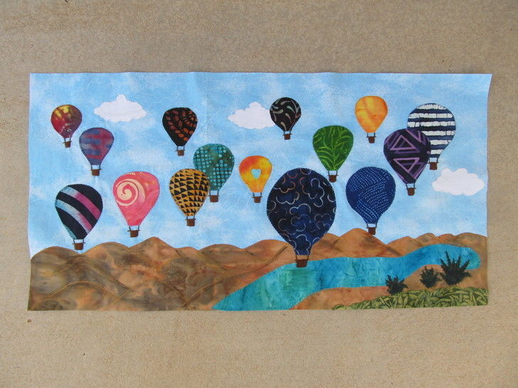 Download Colorful Sky of New Mexico Quilt immediately at Makerist