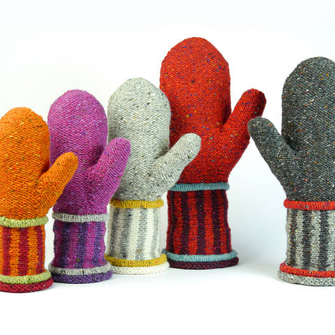 Download mittens DANTE knitting pattern in 5 sizes immediately at Makerist