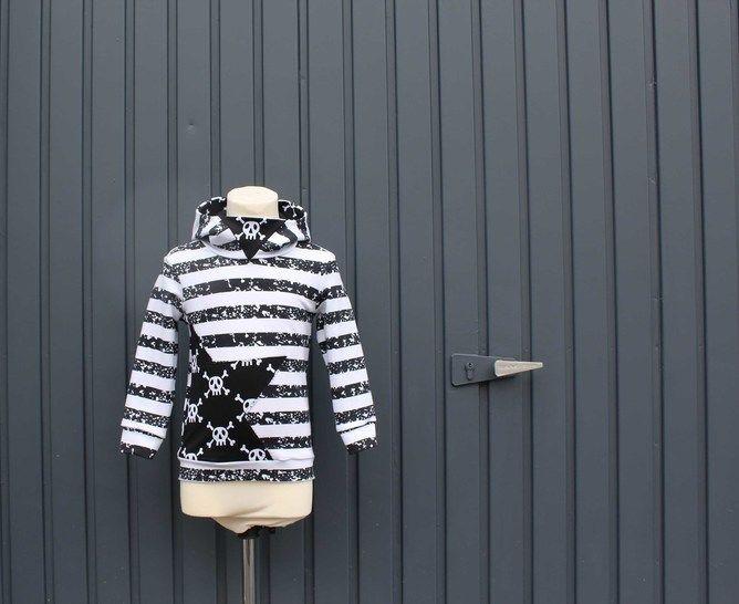 ✂Schnittmuster Mini-Flo ✂ Jungshoodie mit Dreiecks-Kapuze - Nähanleitungen bei Makerist sofort runterladen