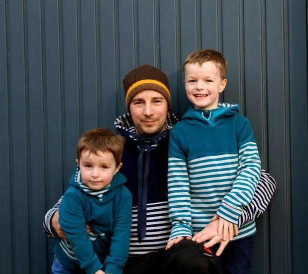 ✂Schnittmuster Florian Flo und Mini-Flo ✂ Hoodie mit Dreiecks-Kapuze - Nähanleitungen bei Makerist sofort runterladen