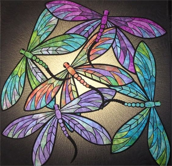 Download Dance of the Dragonflies PDF quilt  pattern immediately at Makerist