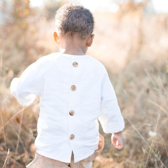 Download Raglan Button Back Shirt for Babies, Toddlers and Kids immediately at Makerist