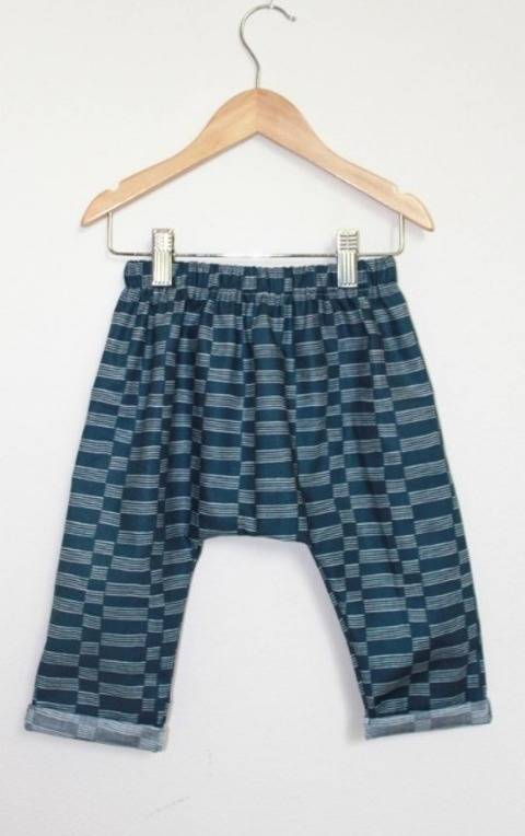 Download Reversible Pants Pattern immediately at Makerist