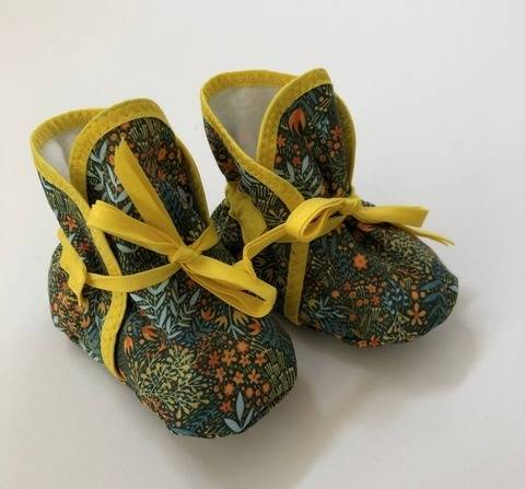 Download Baby Booties immediately at Makerist