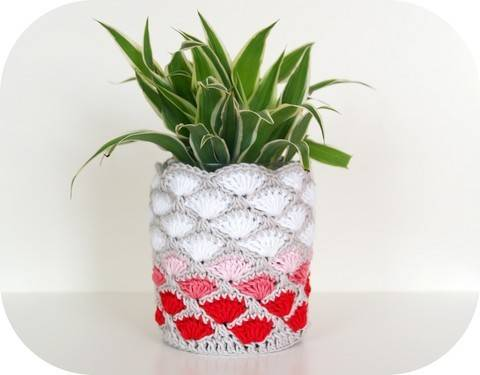 Häkelanleitung Deko-Vase/-Blumentopf bei Makerist sofort runterladen