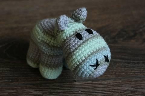 Häkelanleitung Baby Hippo bei Makerist sofort runterladen