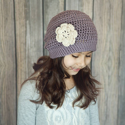 Download Slightly Slouchy Springtime Hat immediately at Makerist