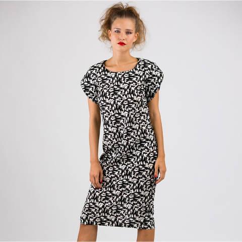 Schnittmuster und Nähanleitung Kleid Julie bei Makerist sofort runterladen
