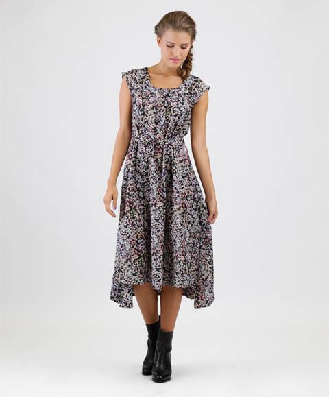 Schnittmuster und Nähanleitung Kleid Luna bei Makerist sofort runterladen