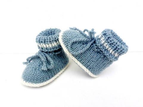 Télécharger Chaussons bébé tailles 1/ 3/ 6 mois,explications tricot. tout de suite sur Makerist