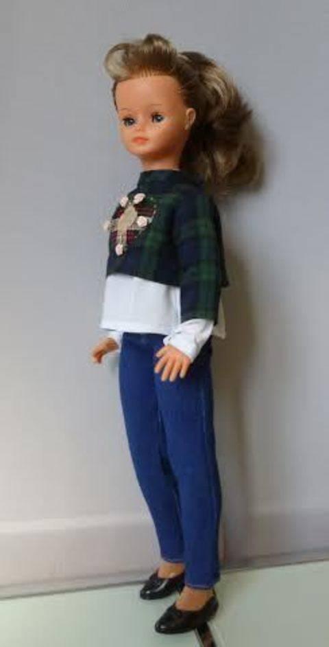 Télécharger Habits Barbie - Cathy de Bella so British - 3 pièces - couture tout de suite sur Makerist