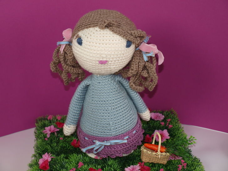 Download Crochet Doll Tutorial - Lucy - Crochet Patterns immediately at Makerist