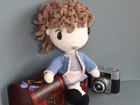 Download Crochet Doll Tutorial - Coco immediately at Makerist