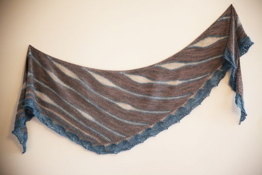 Download Northern Sky Shawl - Knitting - Knitting Patterns immediately at Makerist