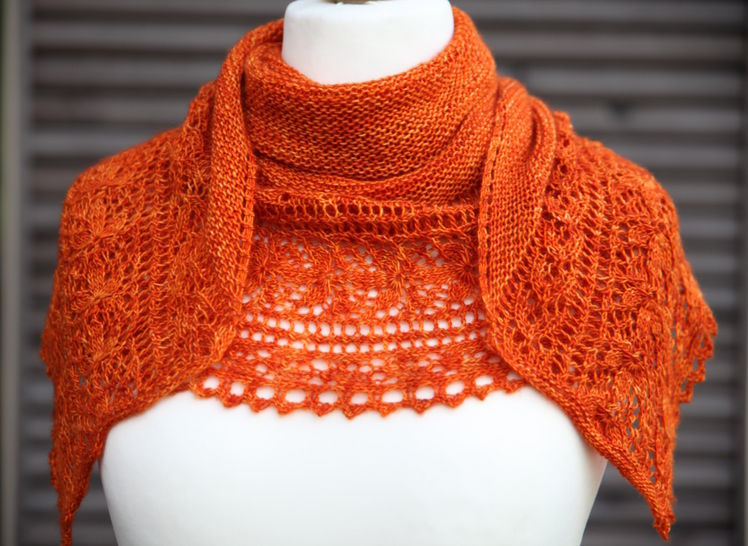 Download Le Bal des Papillons Shawl - Knitting  - Knitting Patterns immediately at Makerist