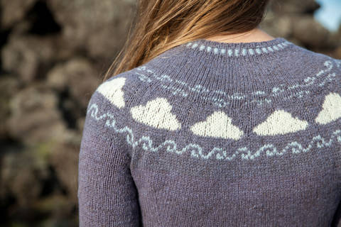 Download Vedur Short-Sleeved Jumper - Knitting immediately at Makerist