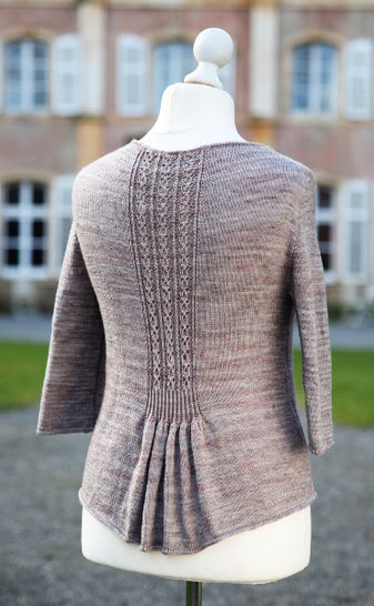 Download Hampton Court Cardigan - Knitting - Knitting Patterns immediately at Makerist