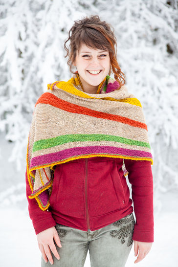 Download Divergence Shawl - Knitting  - Knitting Patterns immediately at Makerist