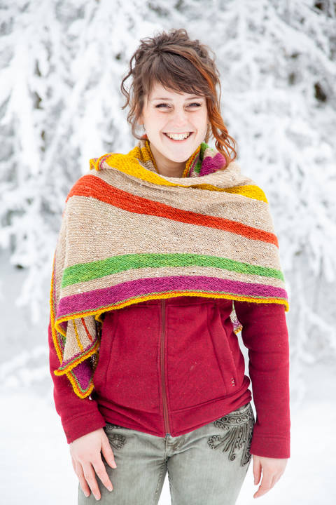 Download Divergence Shawl - Knitting  immediately at Makerist