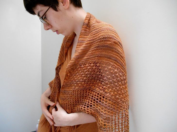 Download Treboul Shawl - Knitting - Knitting Patterns immediately at Makerist