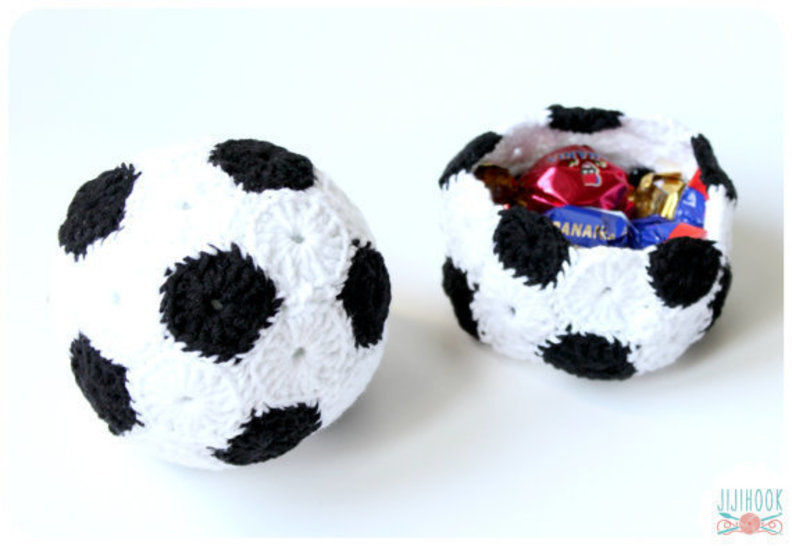 Download Soccer Ball & Basket - Crochet - Crochet Patterns immediately at Makerist