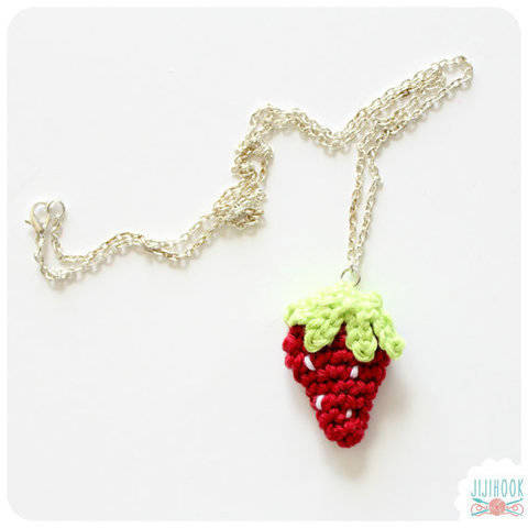 Download Mini Strawberry - Crochet immediately at Makerist