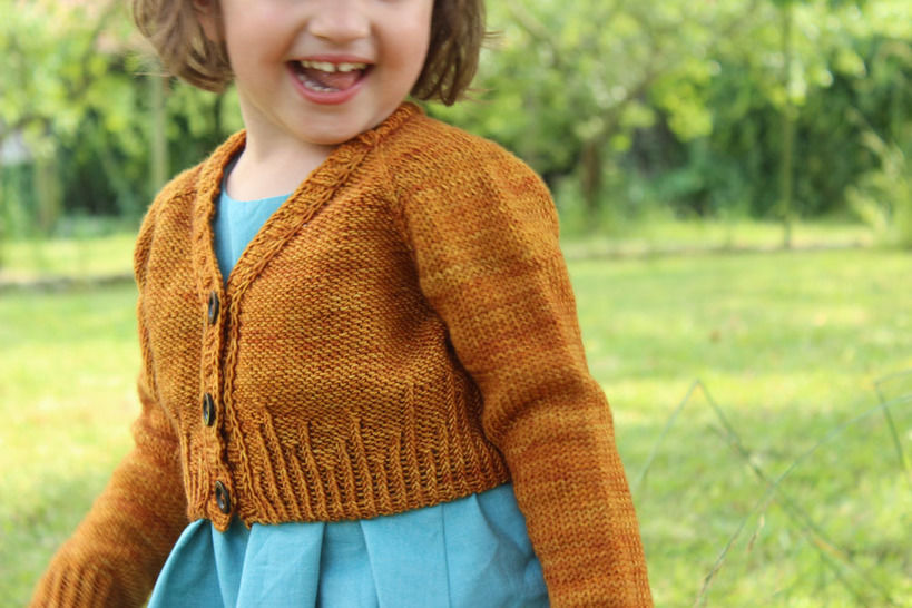 Download Baby short cardigan - (Mini) Agora - 3-36 months - Knitting - Knitting Patterns immediately at Makerist