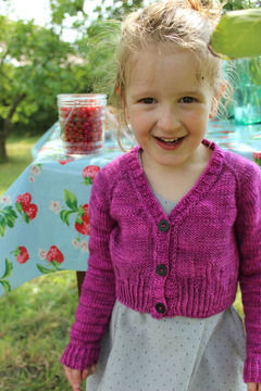 Download Girl short cardigant - (Petit) Agora - 4-12 years - Knitting - Knitting Patterns immediately at Makerist