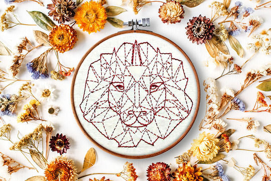 Download geometric lion - Embroidery Patterns immediately at Makerist