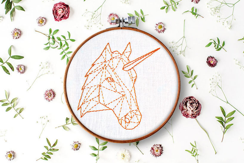 Download geometric unicorn + horse - Embroidery Patterns immediately at Makerist