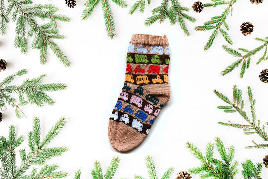 Download CARS christmas stockings - Knitting Patterns immediately at Makerist