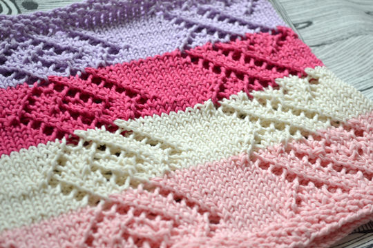 Download Linked spring cowl - Knitting Patterns immediately at Makerist