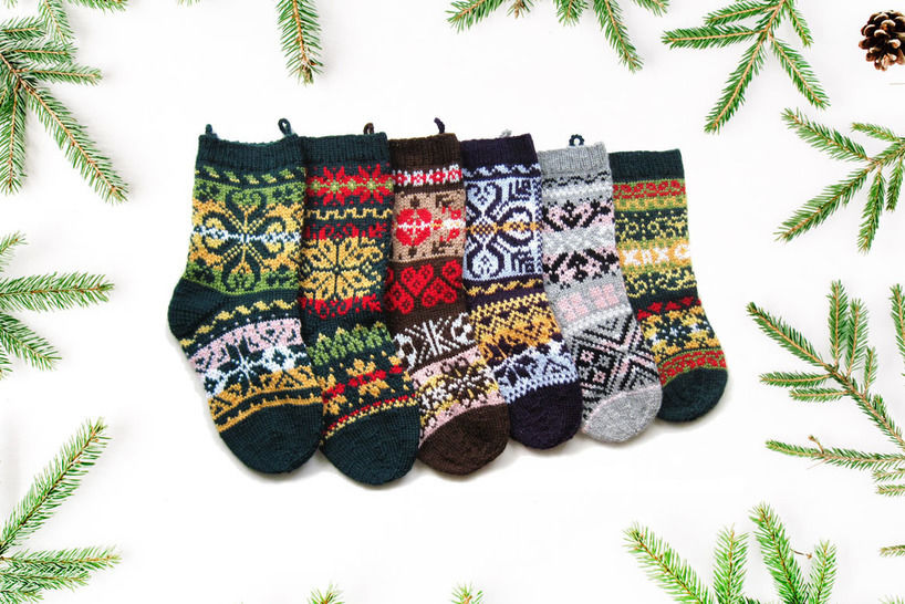Download 6 Norwegian christmas stockings - Knitting Patterns immediately at Makerist
