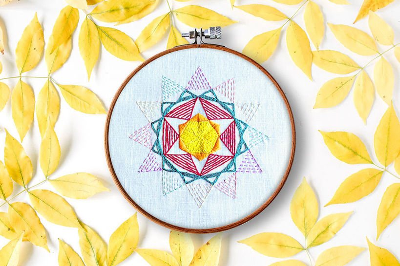 Download Kristall no. 2 - Embroidery Patterns immediately at Makerist