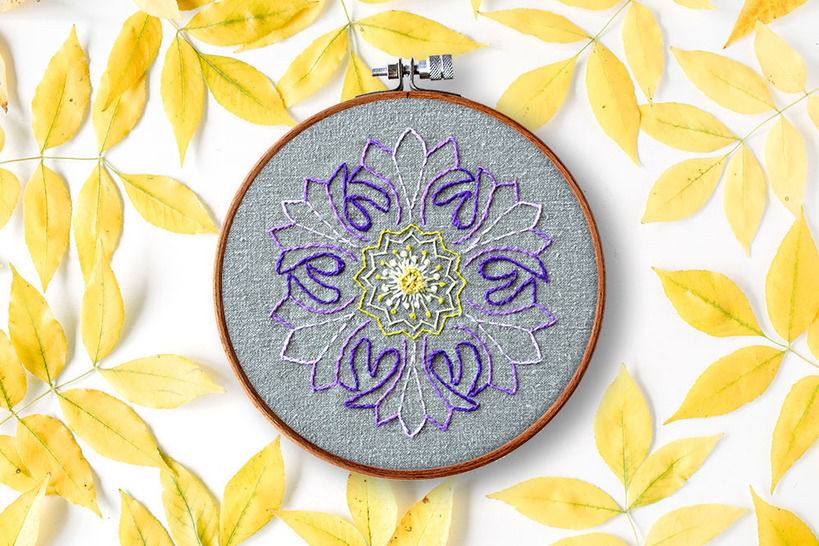 Download FLOWER mandala - Embroidery Patterns immediately at Makerist