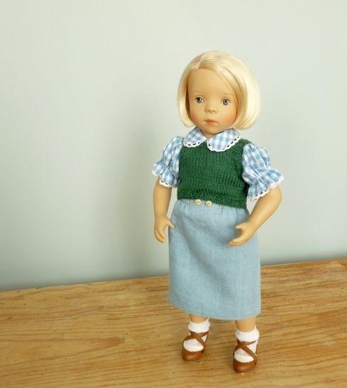 """Télécharger Habits poupée - """"Jeanne"""" - poupée 34 cm Petitcollin, Amigas, Chéries - couture et tricot - Patrons de couture tout de suite sur Makerist"""