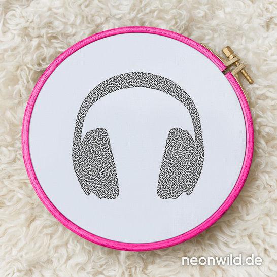 Stickdatei EEE - Headphones 10x10  - Stickdateien bei Makerist sofort runterladen