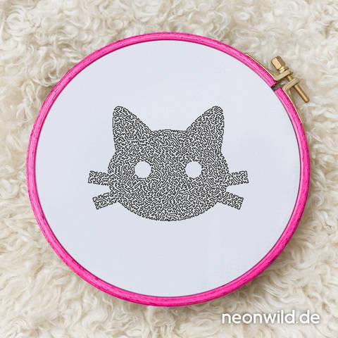 Stickdatei EEE - Katze 13x18 bei Makerist sofort runterladen
