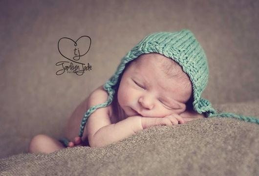 Download Baby Bonnet Double knit / Worsted - Knitting Patterns immediately at Makerist