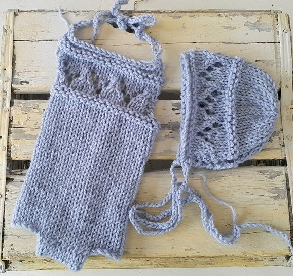 Download Lacy Baby Romper and Baby Bonnet - Knitting Patterns immediately at Makerist