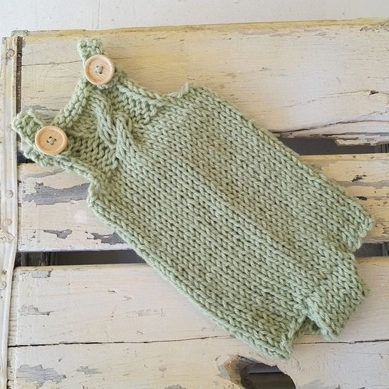 Download Newborn Baby Romper - Knitting Patterns immediately at Makerist