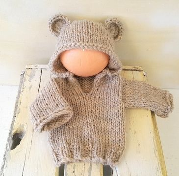 Download Baby Bear Hoodie Sweater - Knitting Patterns immediately at Makerist