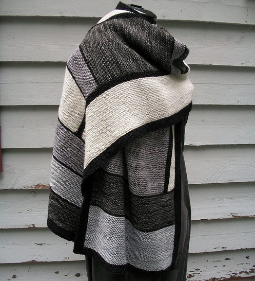 Download All the Shades of Truth - Knitting Patterns immediately at Makerist