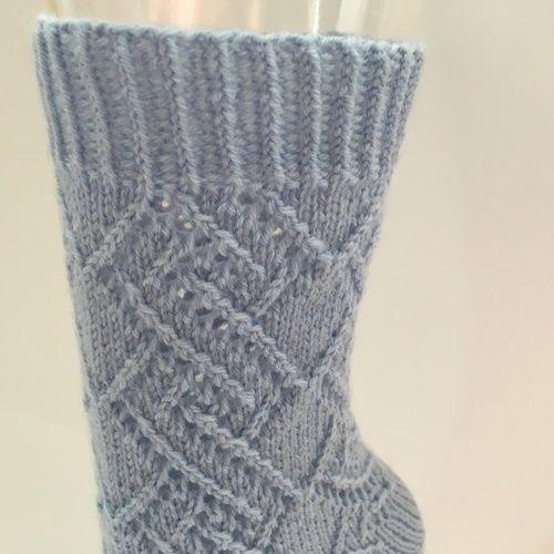 Makerist - Socke in hellblau mit Lochmuster, Gr. 38/39 - Strickprojekte - 3